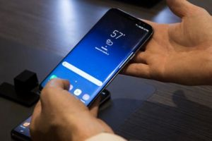 best camera phone samsung bixby launch date vitual voice assistant launch india