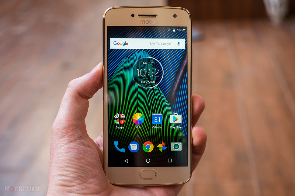 Update Moto G5 Plus to Android Oreo 8.0 in 10 Seconds without Root