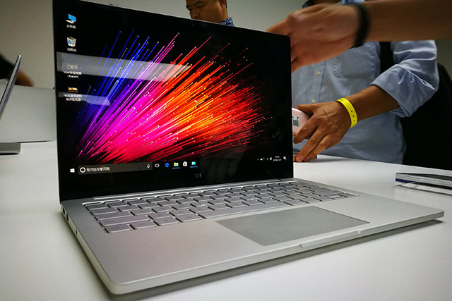 Mi NoteBook 12.5 Inch specifications and india launch date price in india and features of Mi NoteBook 12.5 Inch