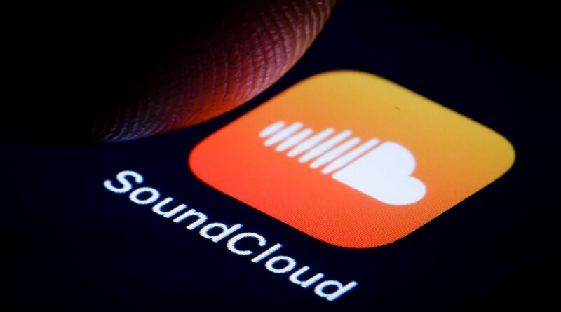 how to download songs from soundcloud app