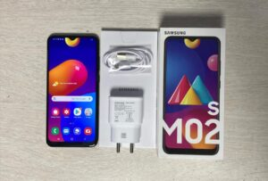 best branded mobiles under 8000 in india
